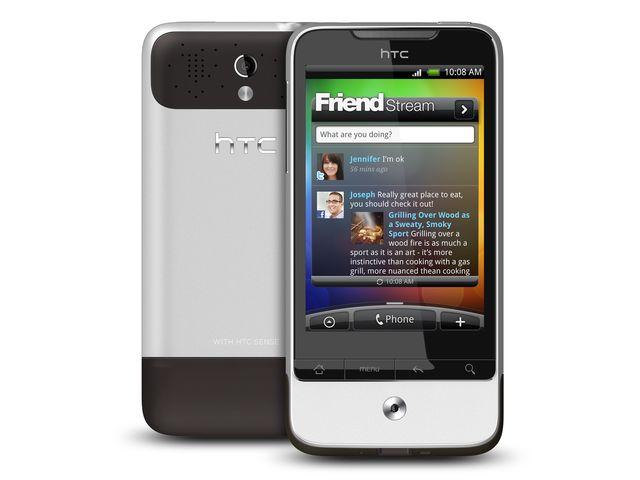 obsah balení HTC Legend + cestovní nabíječka microUSB